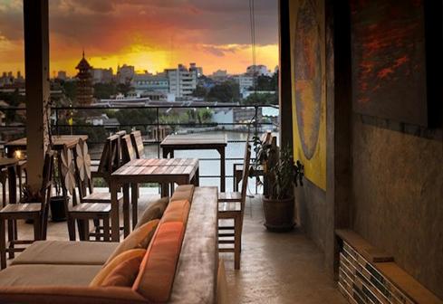 mot-ngay-lac-buoc-tai-bangkok-thai-lan-nha-hang-river-view-guest-house