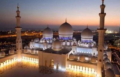thanh-duong-hoi-giao-Sheikh-Zayed