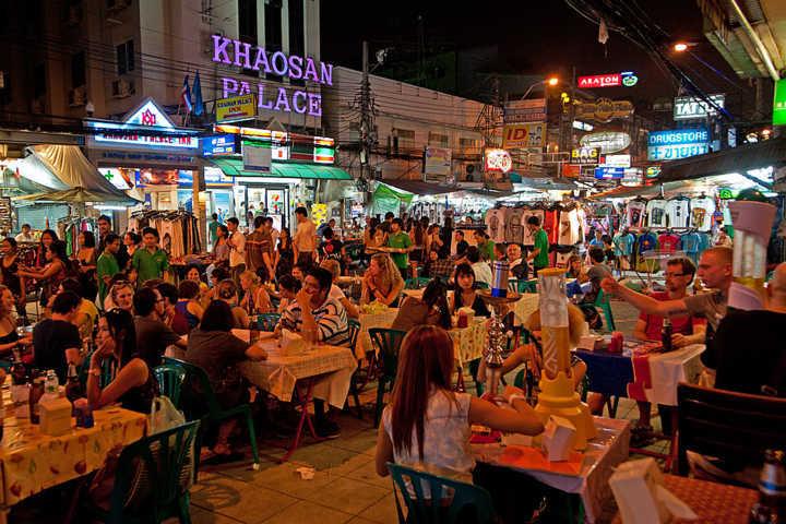 di-phuot-thai-lan-tan-huong-cuoi-tuan-tai-bangkok-khao-san-2