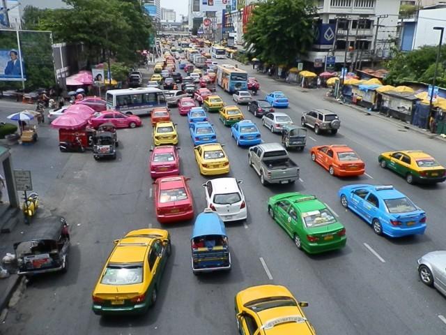 nhung-huu-ich-khi-bat-taxi-tai-thai-lan-3