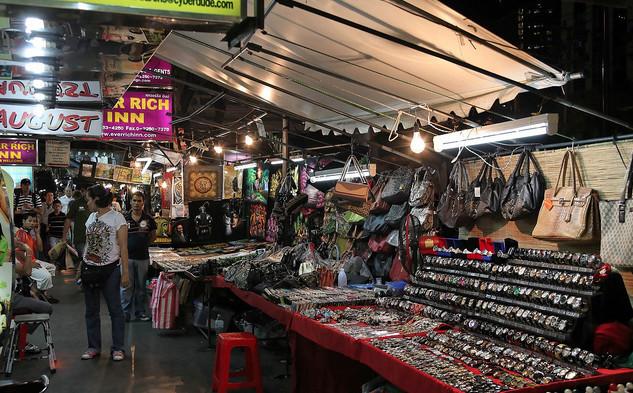 san-do-gia-re-tai-cho-bangkok-thai-lan-cho-dem-thai