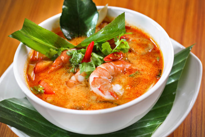 le-tet-thai-lan-nguoi-thai-an-gi-tom-yum