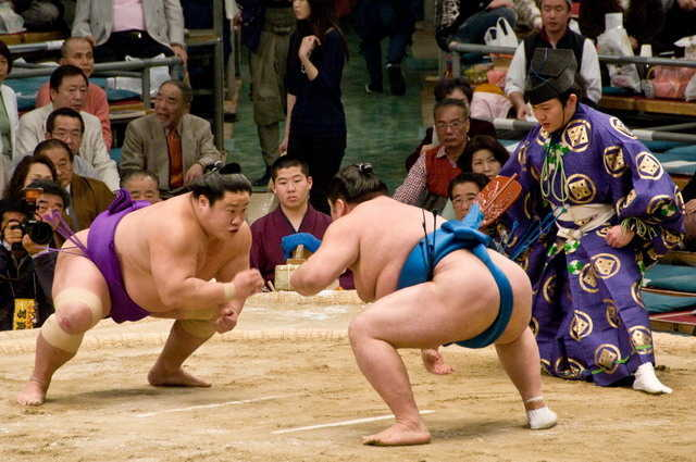 nhung-dich-vu-la-mat-o-nhat-ban-sumo
